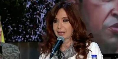 """Cristina Elisabet Kirchner: """"Tal vez llega el momento en que tenés que ponerte la boina"""""""