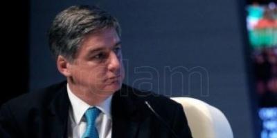 Quintana: el Gobierno no implementará medidas para suspender los despidos