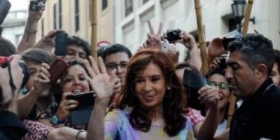 """Cristina Kirchner: """"Es tiempo de organizarse"""""""