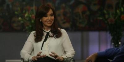 "Cristina de Kirchner: ""Si es necesario que yo sea candidata, lo soy. """