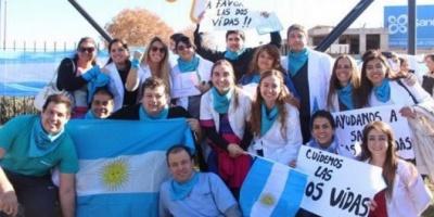 Chaquetazo de médicos y enfermeros en San Rafael contra la despenalización del aborto