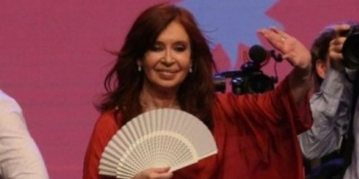 Cristina Kirchner postergó su regreso desde Cuba para el próximo domingo