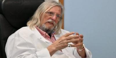 Francia autoriza tratamiento del médico que dijo tener la cura para el coronavirus